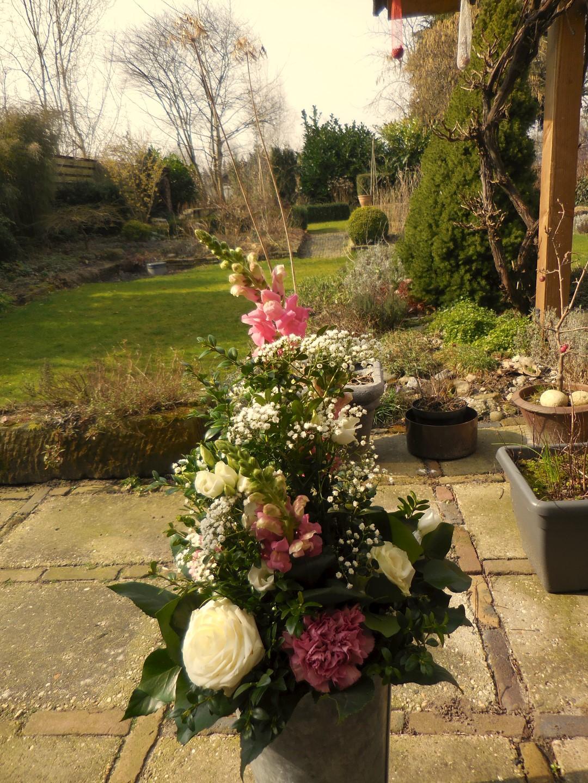 VO-041 | Handgebonden Mille-fleurs boeket   Multiflora