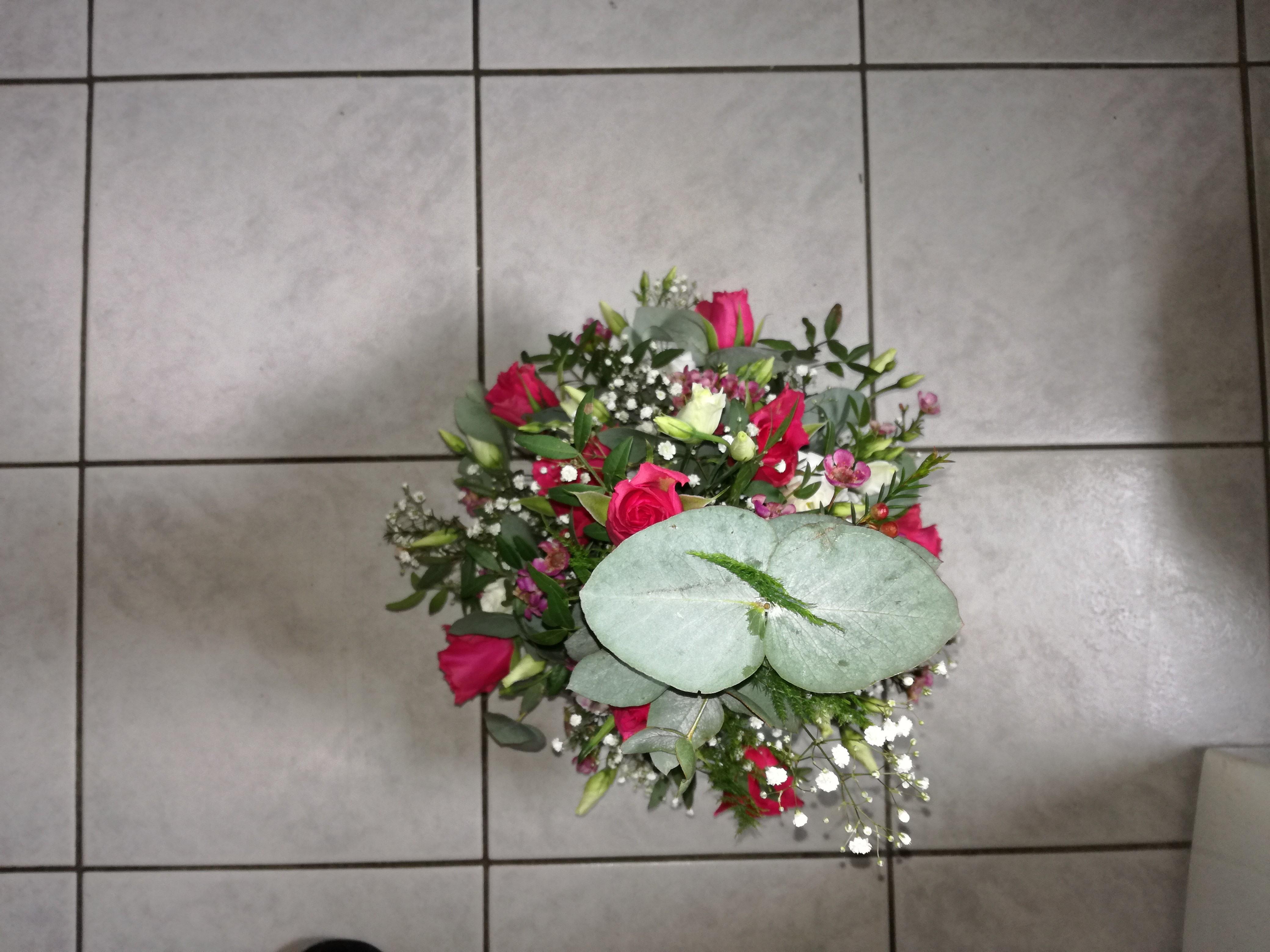 IB-008 | Mille-fleurs in oasis   Ester vd H