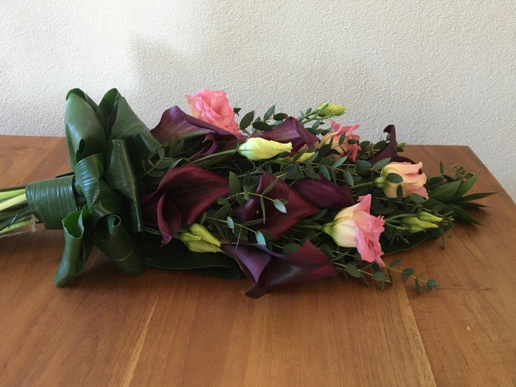 IB-016   Handgebonden rouwboeket   Linette v E