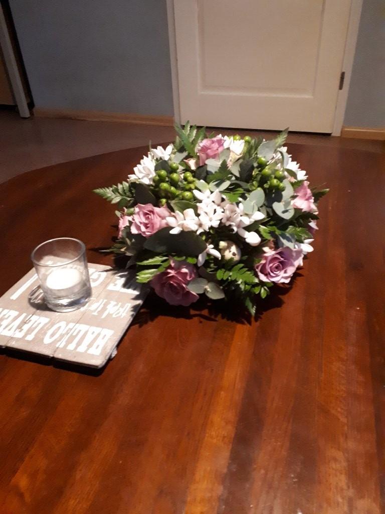 VO-002 | Biedermeier tafelarrangement - in oasis