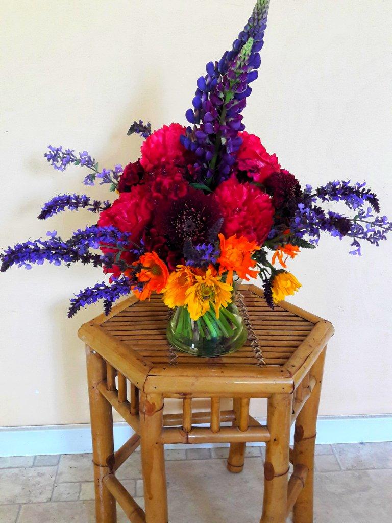 VO-041 | Handgebonden Mille-fleurs boeket   Vlijtig liesje