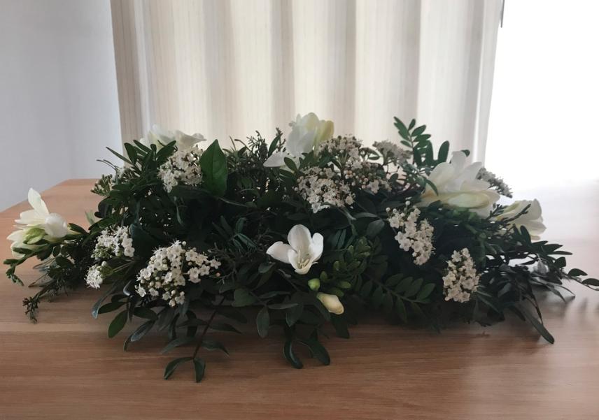 IB-005 | Klassiek tafelarrangement   Joke's bloemschikken