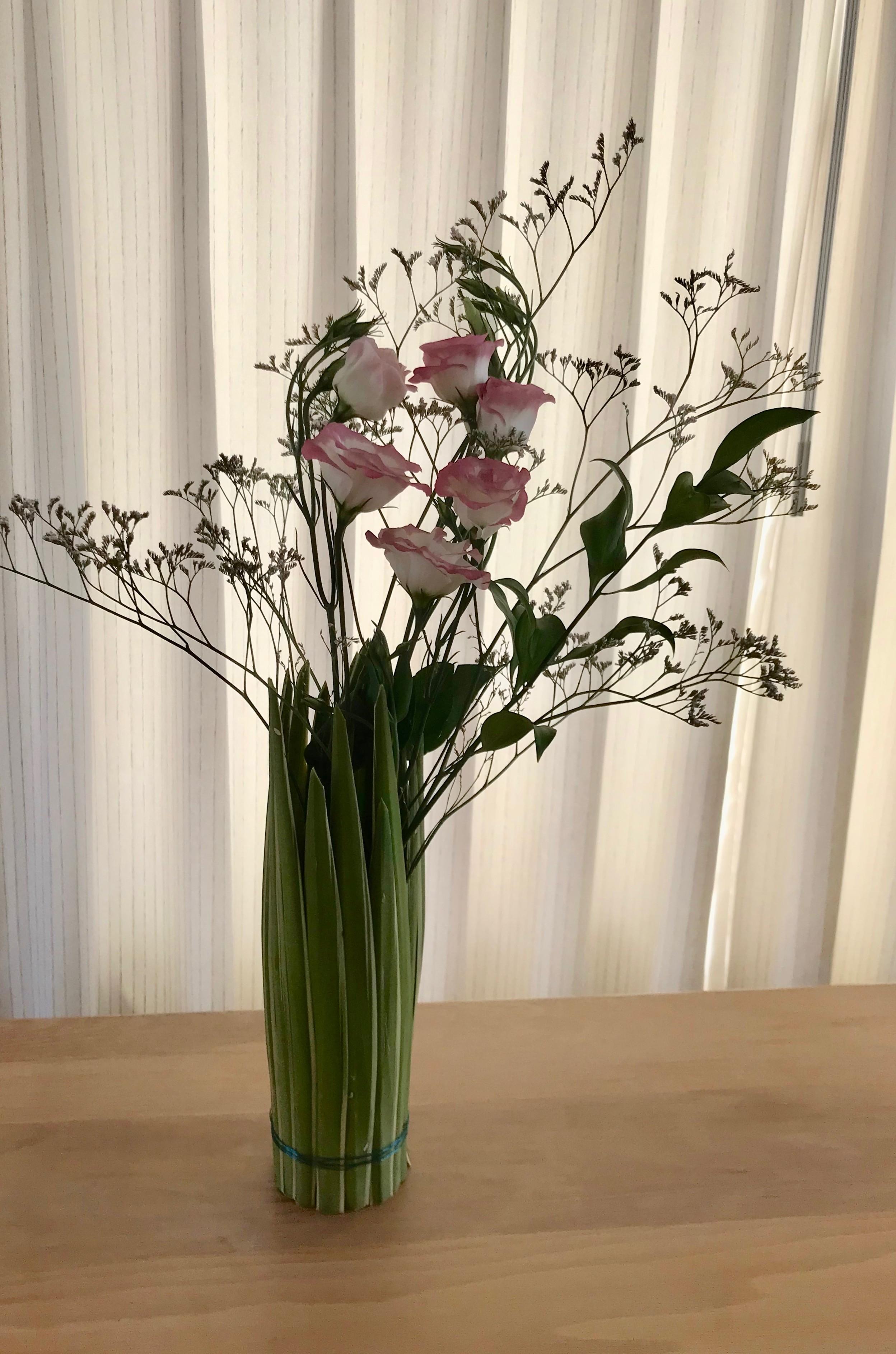 IB-102   Vazen met Phormium   Joke's bloemschikken
